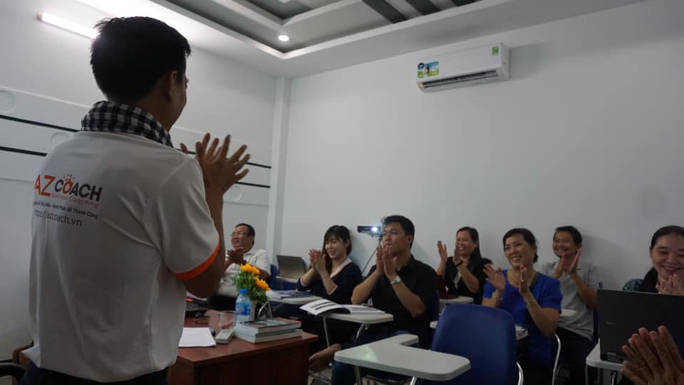 lop-facebook-ban-hang-az-coach-can-tho-buoi-3  (17)