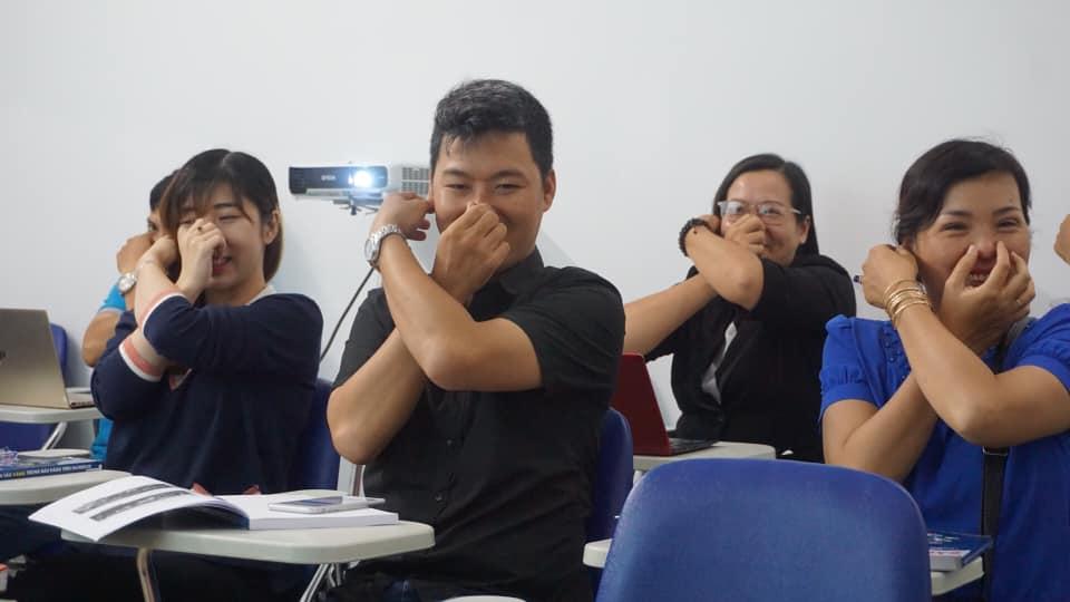 lop-facebook-ban-hang-az-coach-can-tho-buoi-3  (19)