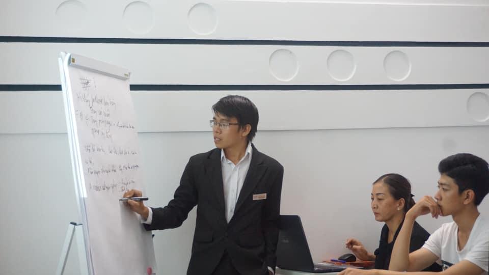 lop-facebook-ban-hang-az-coach-can-tho-buoi-3  (20)